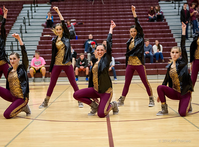 Salem Girls BBall Halftime 2014