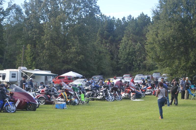 034 Bikers' Roundup.JPG