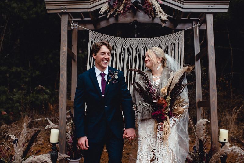 Requiem Images - Luxury Boho Winter Mountain Intimate Wedding - Seven Springs - Laurel Highlands - Blake Holly -1160.jpg