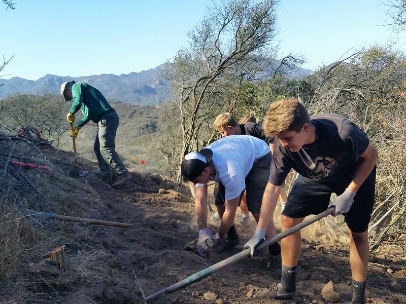 20141018004-COSCA Trailwork Day.jpg