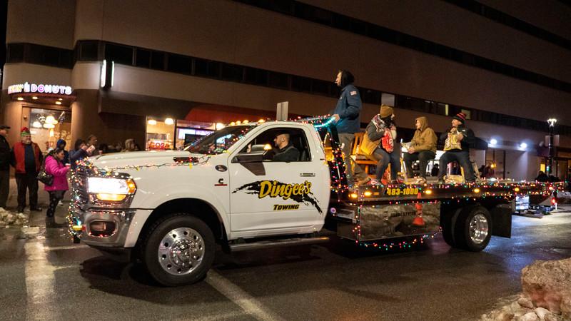 New-York-Dutchess-County-Poughkeepsie-Celebration-of-Lights-Parade-01.jpg