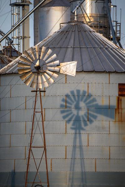 Dueling Windmills