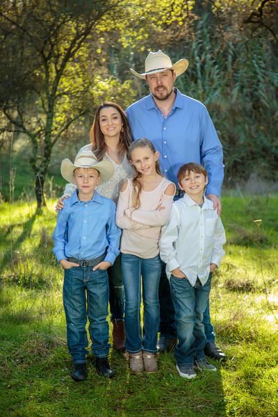 01-06 Savannah's Family-1725.jpg