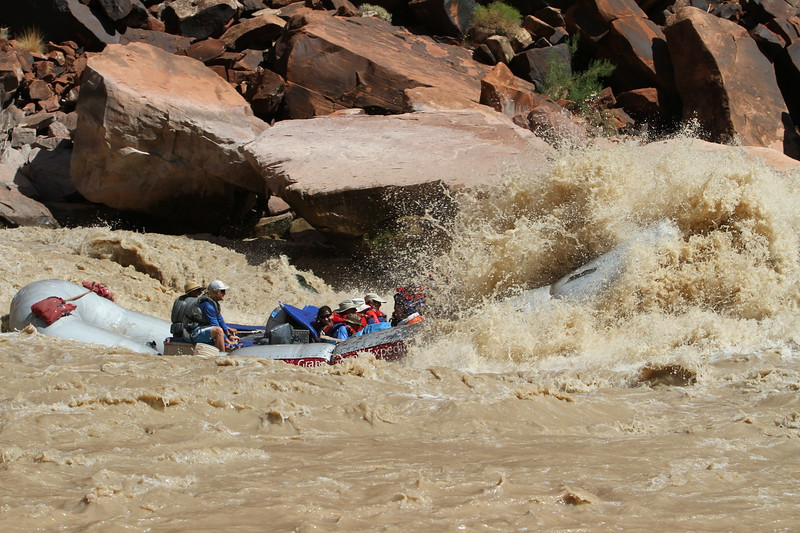 Raft in rapids10.JPG