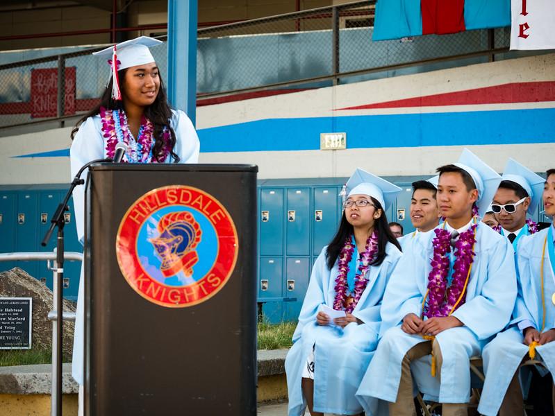 Hillsdale Graduation 2017-85697.jpg