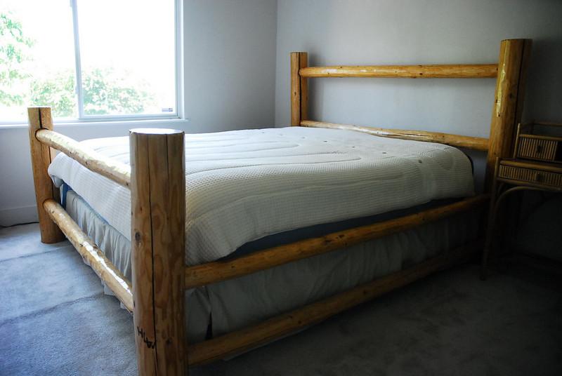 Guest Bedroom - Lower Level (Daylight / Walkout Basement) Laundry & Full bath on lower level as well.