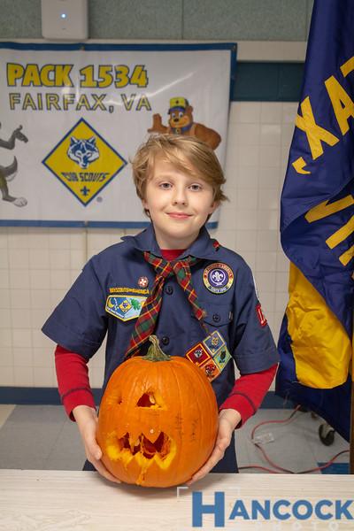 Cub Scout Pumpkin Carving 2018-120.jpg