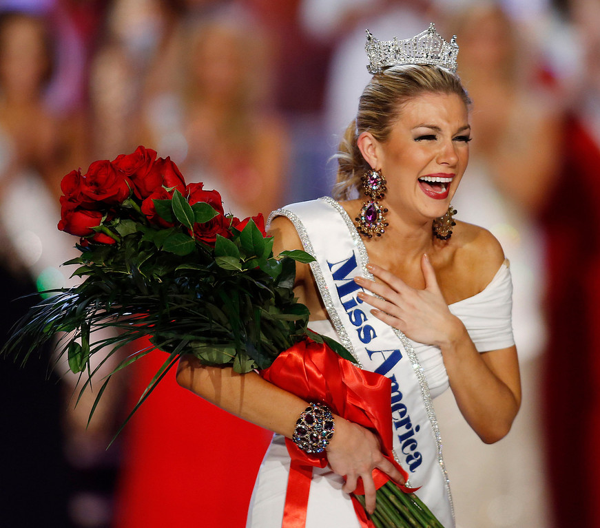 . Miss New York Mallory Hytes Hagan reacts as she is crowned Miss America 2013 on Saturday, Jan. 12, 2013, in Las Vegas. (AP Photo/Isaac Brekken)