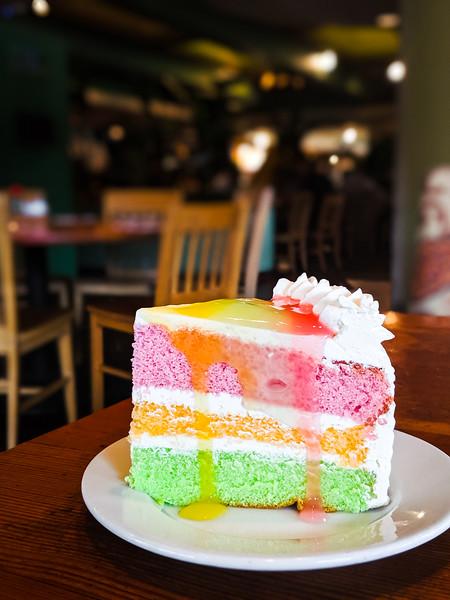 kings hawaiian paradise cake-2.jpg