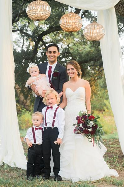 Alexa + Ro Family Portraits-34.jpg