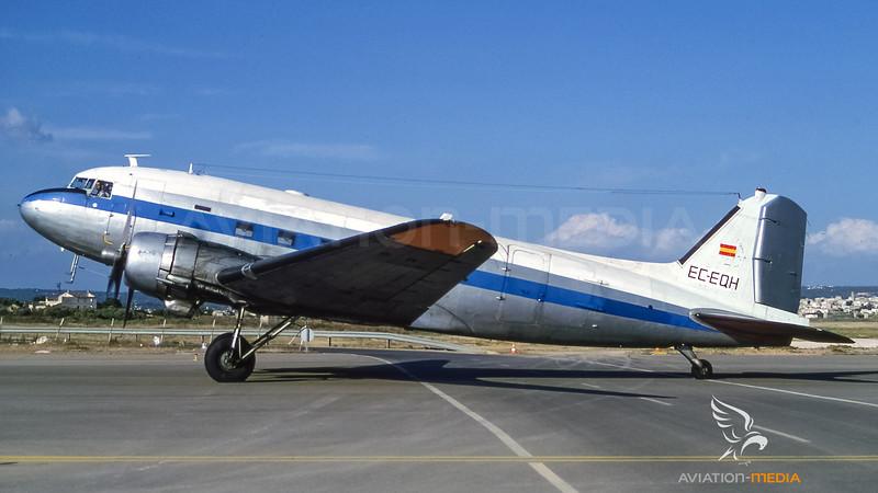 Aeromarket Express C-47B-30-DK (DC-3) EC-EQH