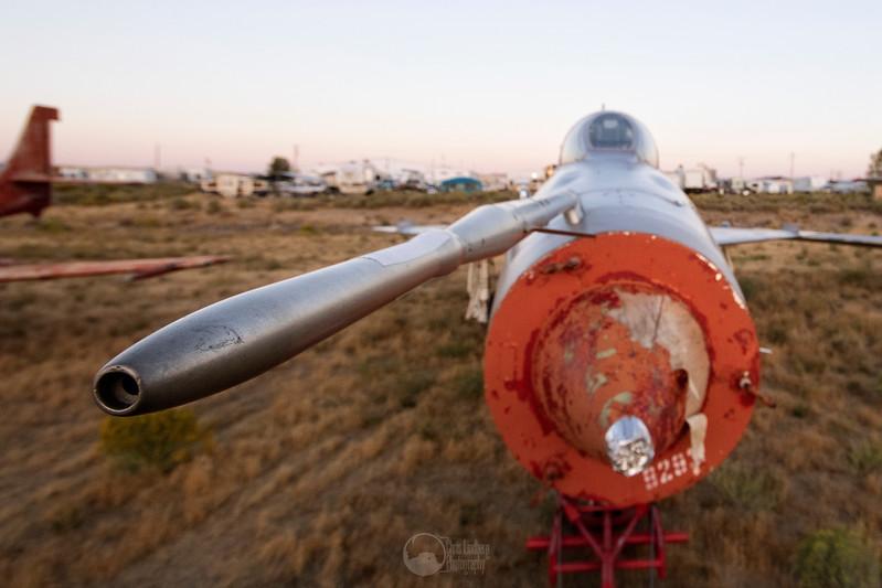 MiG-21UM.  Pitot.