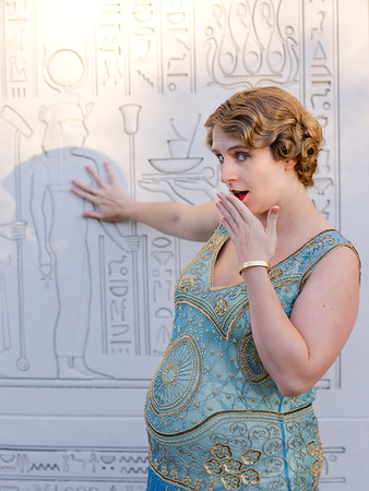 1920s Pregnancy Shoot