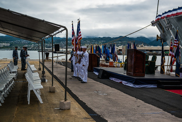 CDR RAY-CDR JUSTER CHANGE OF COMMAND