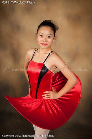 Ballet 3 (Tue. 4:00)