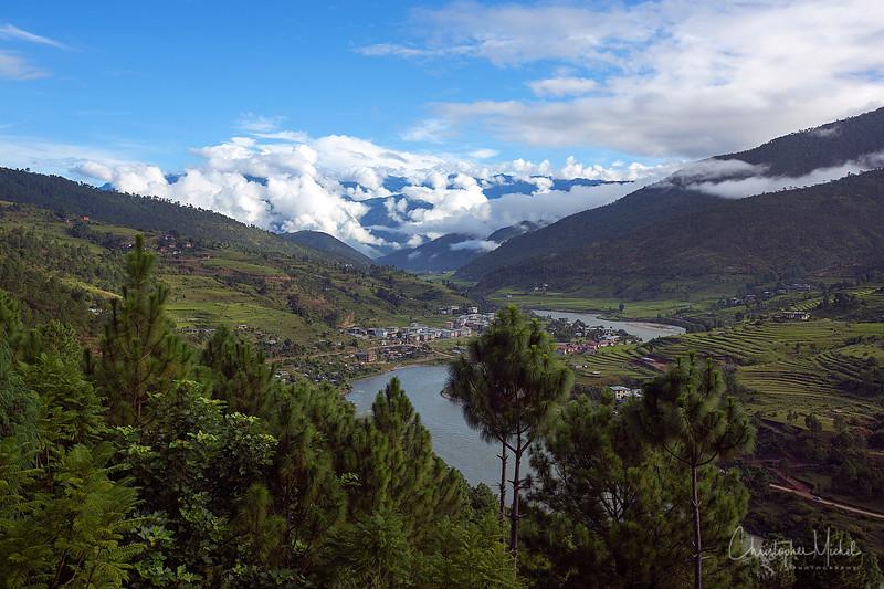 punakha-dzong_chorten-nebu_20120917_8135.jpg