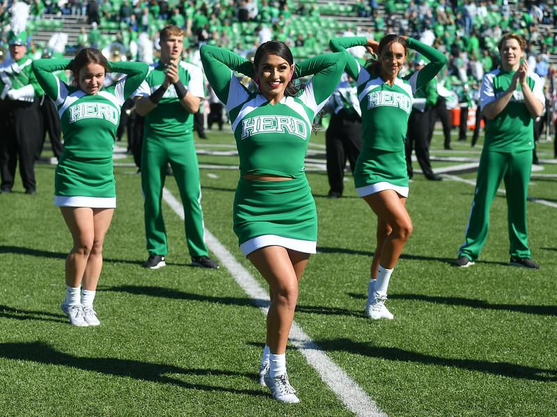 cheerleaders0134.jpg