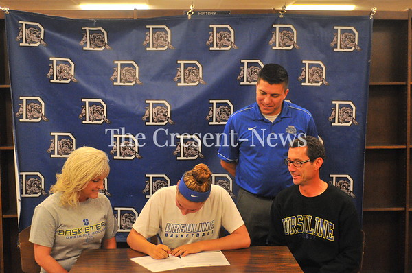 11-09-17 Sports Emily Poling Basketball (LOI) to St Ursuline