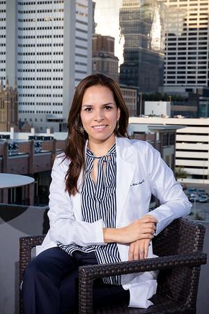 Dra. Leyva - Chiropractor