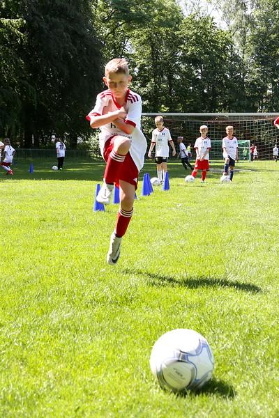 hsv_fussballschule-450_48048037287_o.jpg