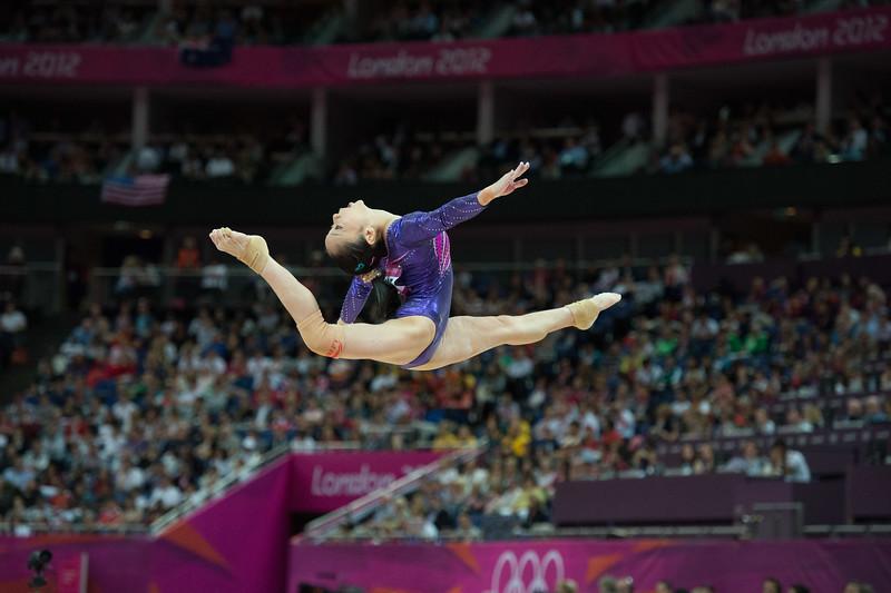 __02.08.2012_London Olympics_Photographer: Christian Valtanen_London_Olympics__02.08.2012__ND43671_final, gymnastics, women_Photo-ChristianValtanen