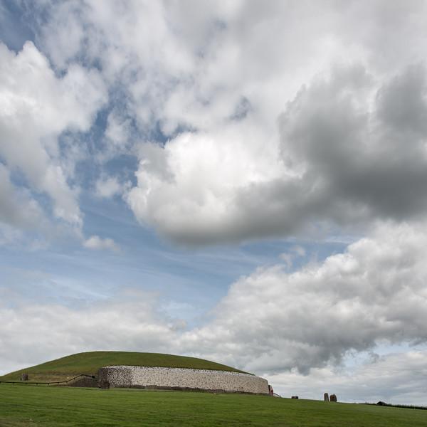 Brú na Bóinne (Newgrange) - Glebe, County Meath, Ireland - August 8, 2017