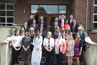 Students from James Madision University are pictured at Newry high School at the beginning of their one Month placement in various schools around the district. Also pictured are Local school Principals and Chairperson of Newry, Mourne and Down DC Naomi Bailie. The students will be visiting local primary schools throughout the area as part of their University Teacher Training Programme. R1521011