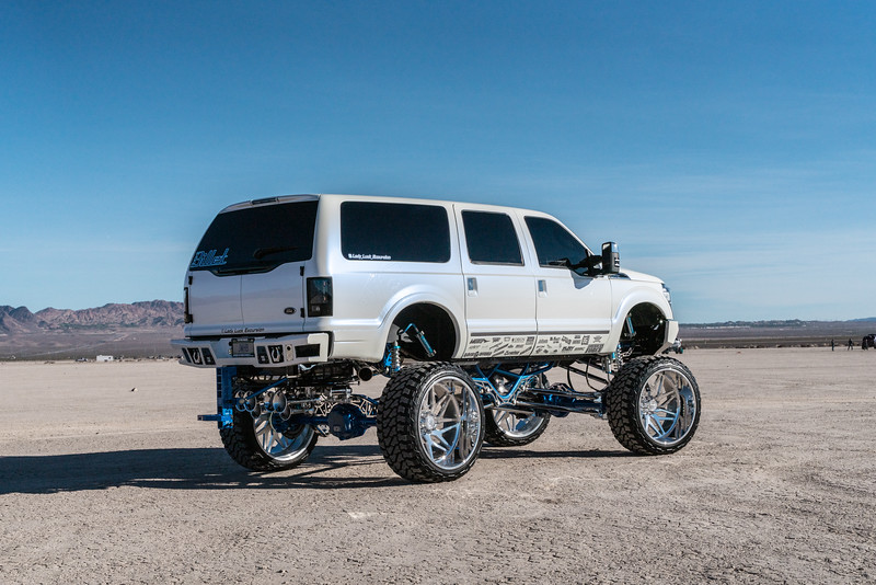 @lady_luck_excursion v.2 2016 @Ford Excursion Conversion 30x16 #GENESIS CONCAVE 42x16.5r30 @FuryOffroadTires-30.jpg