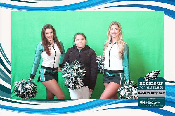 Huddle Up Eagles Cheerleaders