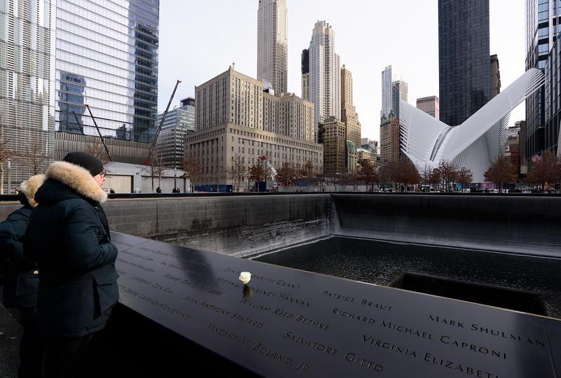 9/11 Memorial Remembers Victims' Birthdays With Roses