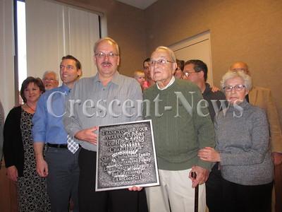 03-28-15 NEWS DP Hospice Award