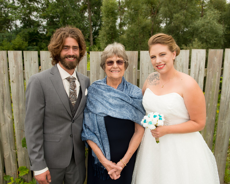 EDITS - Ryan and Lindsey Wedding 2014-616.jpg