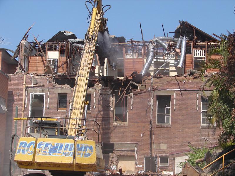 Chaplin Building demolition 018.jpg