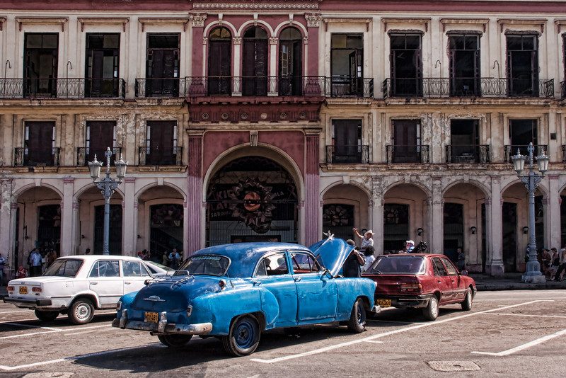 Cuba Capital area cars.jpg