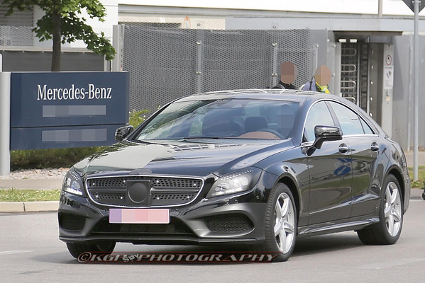 Mercedes CLS Facelift Less-Disguised