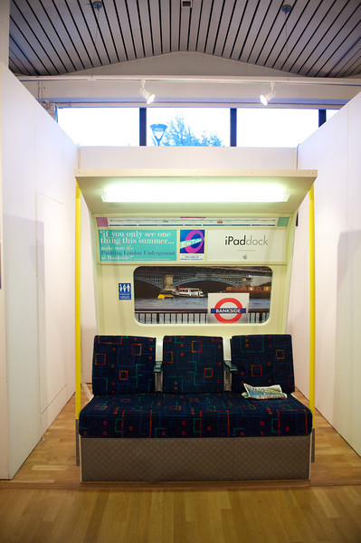 Ewing Paddock - Painting London Underground