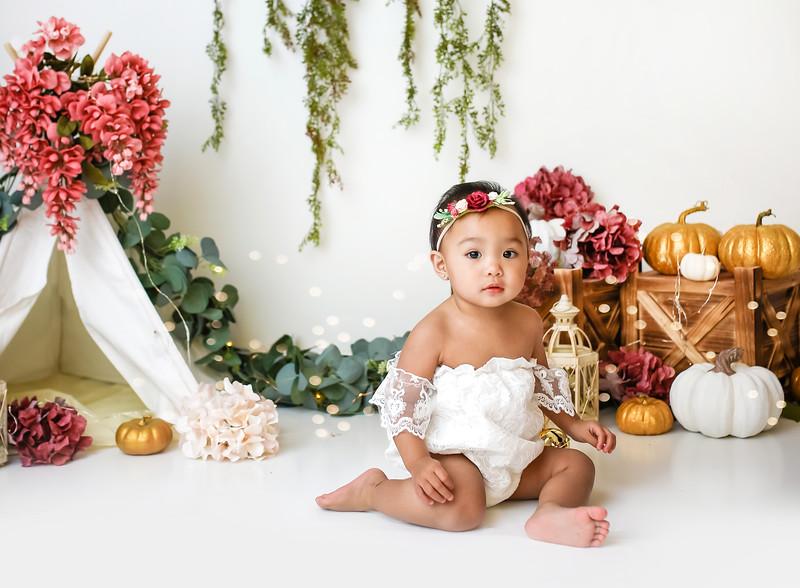 3newport-babies-photography_pumpkin_cakesmash-6887-Edit.jpg