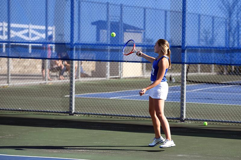 girls_tennis_3930.jpg