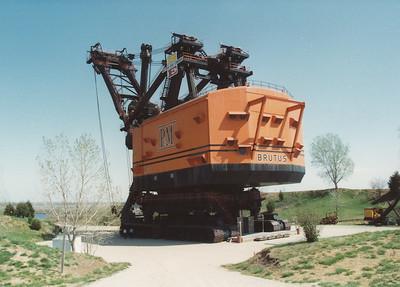 1992-04 Big Brutus