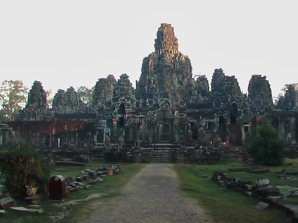 Bayon, Baphuon and Ta Prohm Temples (December 20, 2004)