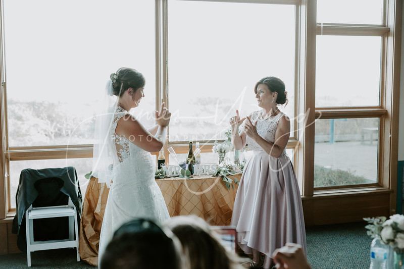 des_and_justin_wedding-2050-4.jpg