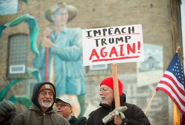 020620 Protest against Trump impeachment verdict