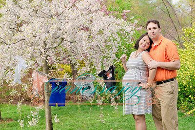 Halaree and Jason Maternity