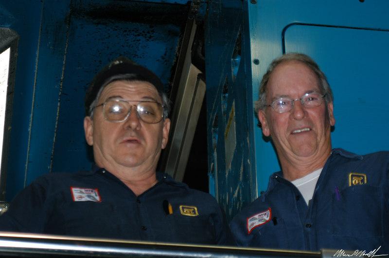 2004-12-22 Finning Walkabout 47.JPG