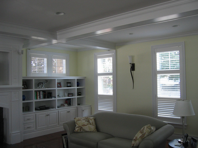 Plantation Shutters with Conceiled tilt bars