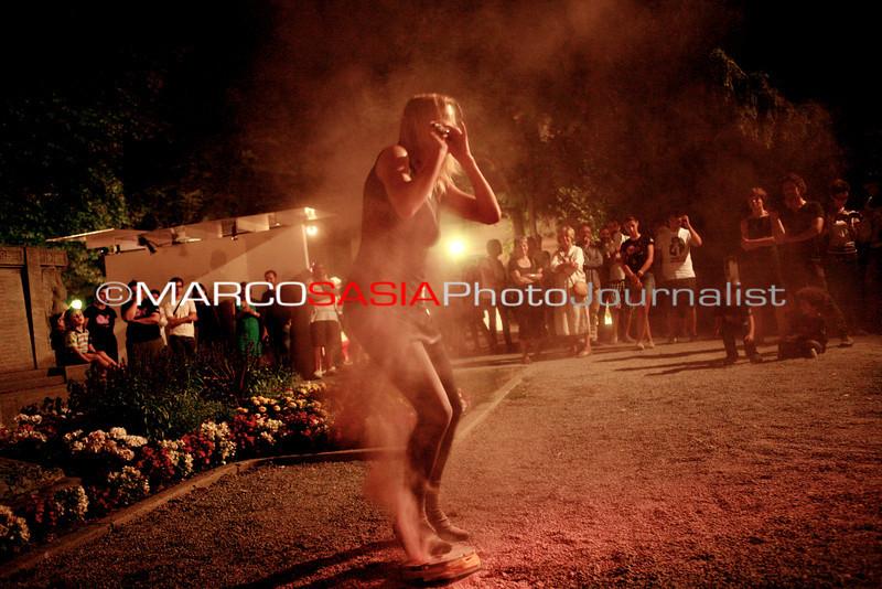 0158-ZooArt-03-2012.jpg