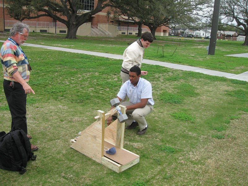 \\hcadmin\d$\Faculty\Home\slyons\HC Photo Folders\Physics_Catapult projects_12\HC_4_12 008.JPG