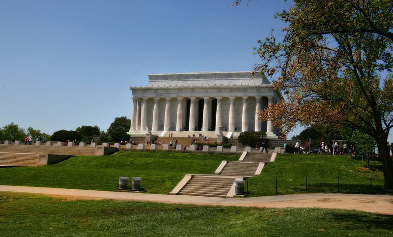 Lincoln Memorial Wide.jpg
