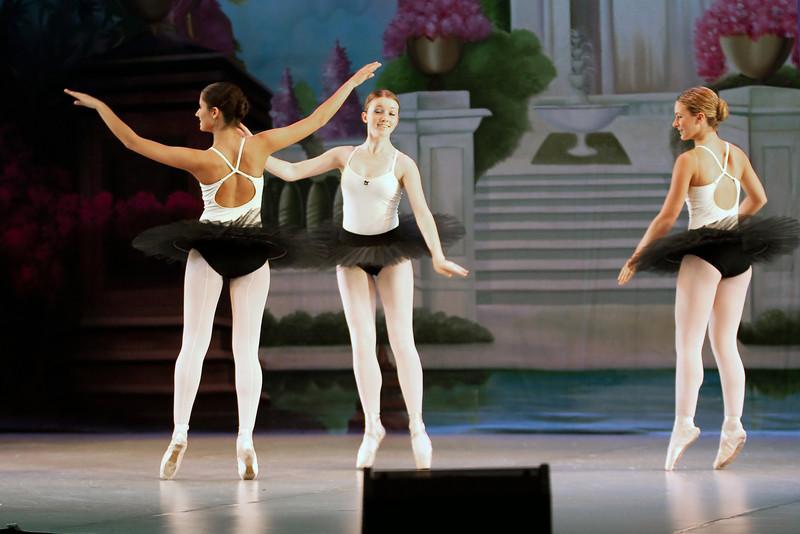 dance_052011_015.jpg
