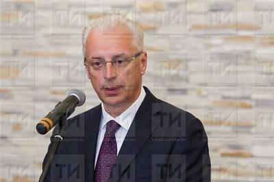 11.05.2017 - Открытие Центра оценки квалификаций в наноиндустрии - Тухбатов